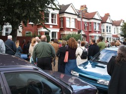 blue plaque crowd 1 05